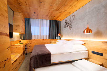 מלון רוגלה