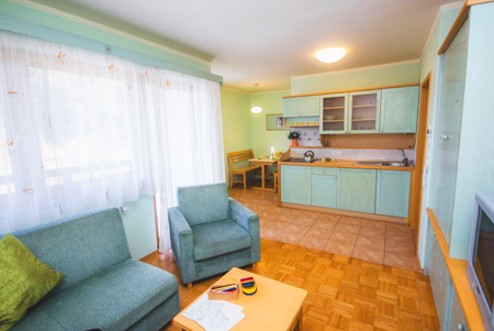 Apartmaji in sobe Snovik