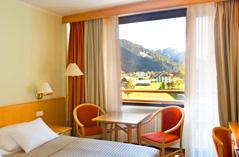स्लोवेनिया होटल कोम्पास स्लोवेनिया स्पा परिवार विशेष दो जून ब्रिज प्रदान करता है