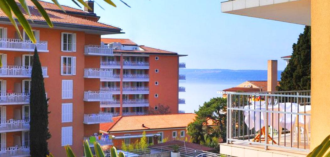 होटल मिरना