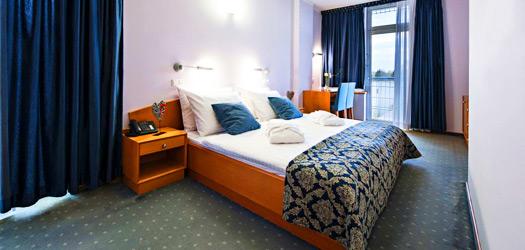 होटल इज़वीर रेडेंकी